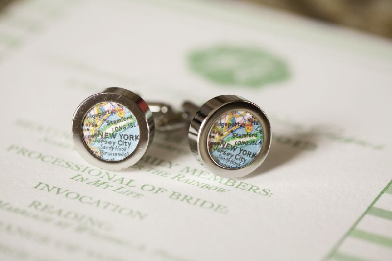 ON THE LINKS: Groomsmen got in on the pattern play when Evan gifted cuff links bearing a map of the Big Apple, his hometown.