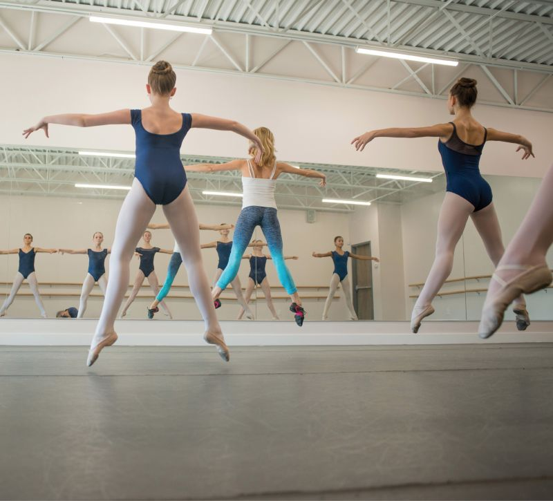 On Point: Students from the Dance Conservatory of Charleston hone their technique in the school's West Ashley studio.