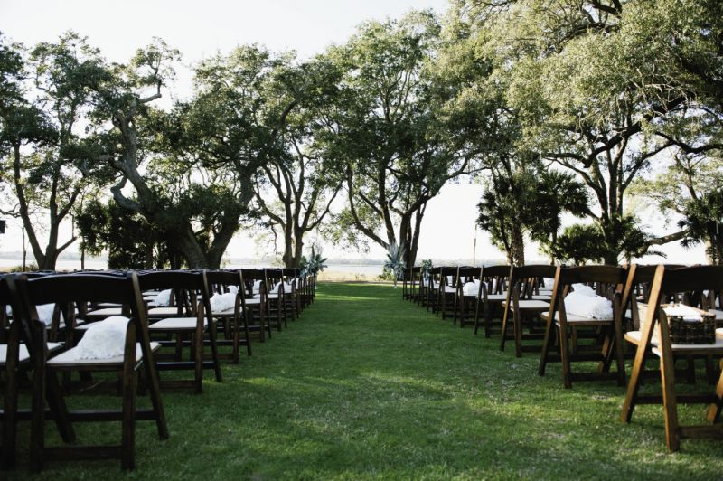SPOT ON: Lowndes Grove Plantation is one of the couple's favorite places in Charleston; so much so, the groom contacted the site before proposing to get information on booking it.