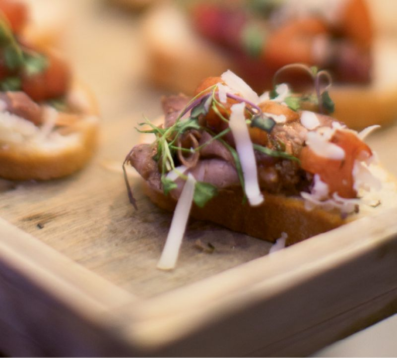 Guests enjoyed tasty, bite-size fare, such as open-faced pastrami sliders, prior to the concert.
