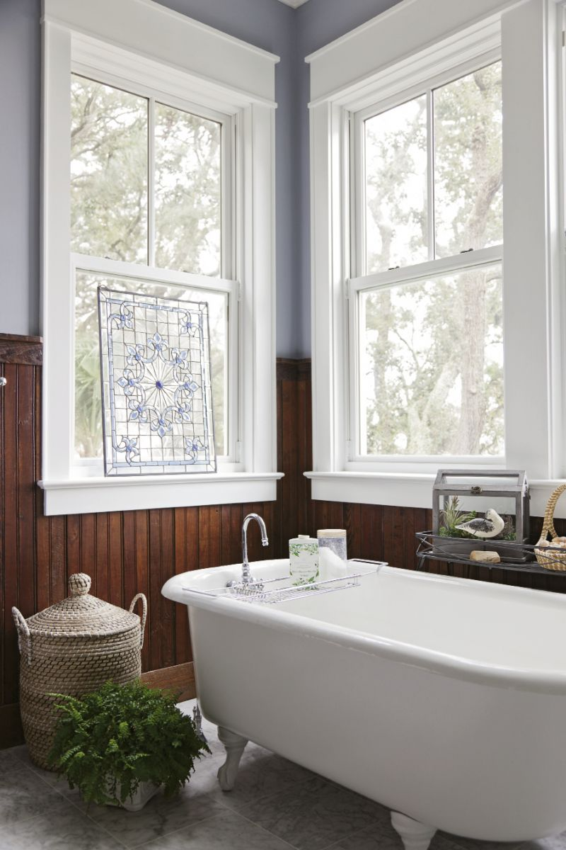 for the master bath, Robert took a vintage that had been rusting in his parents' backyard in Newberry and cleaned and reglazed it.