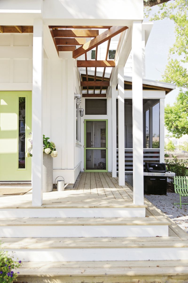 Waterfall steps provide spillover seating for the outdoor patio.