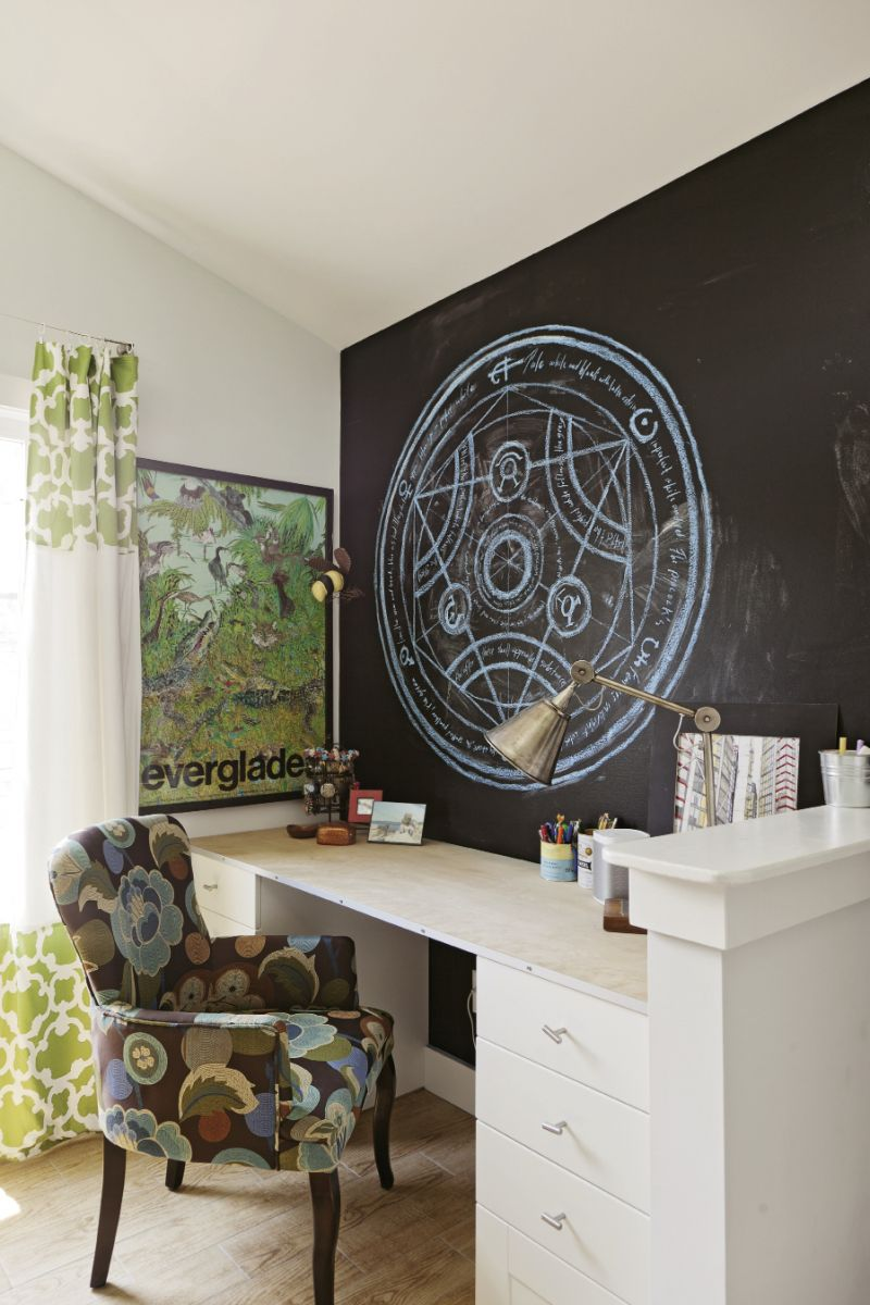 """""""I'm a big fan of built-ins,"""" Mathis says. In the girls' rooms, she designed desks into the layout."""