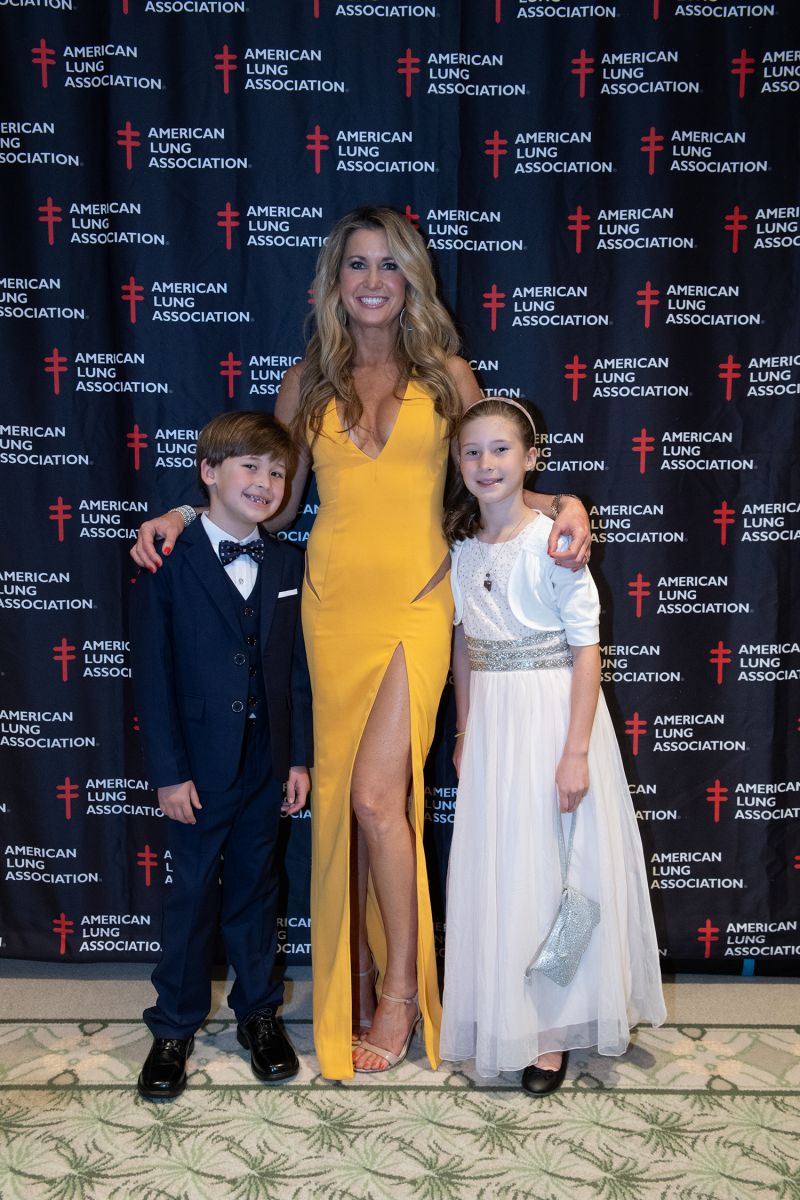 Celebrity dancer Reagan Ferguson and her children  ​​