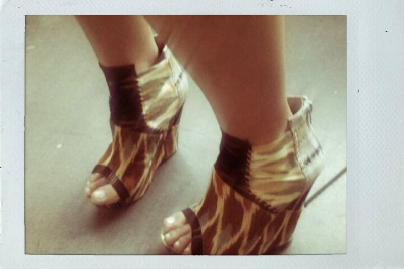 Street Style: Tribal Shoes!
