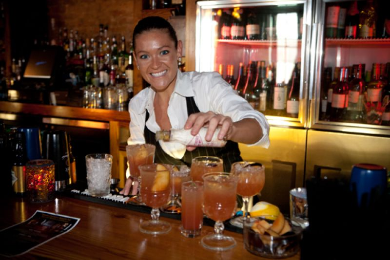 Jasmine Beck pours Charleston magazine's signature cocktail, Plum Southern
