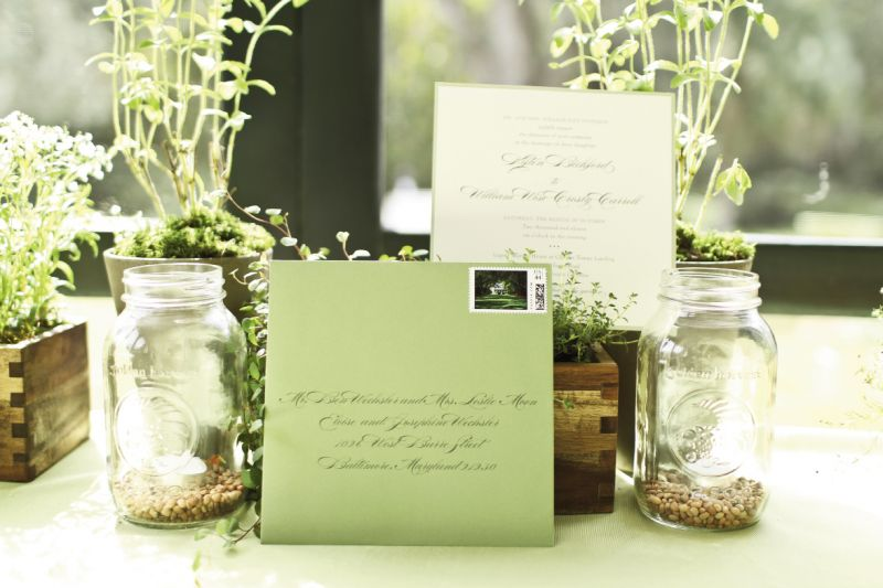 TO THE LETTER: Studio R's stationery suite previewed the wedding's tastefully muted color scheme.