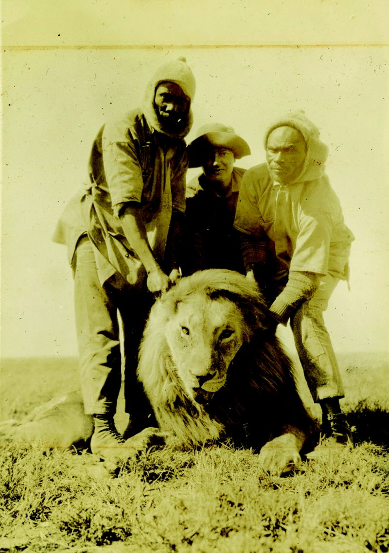 Gertie (center) on her first safari in Kenya in 1927