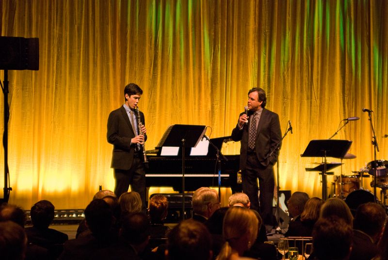 Orchestra Conductor John Kennedy introduces clarinetist Eric Anderson