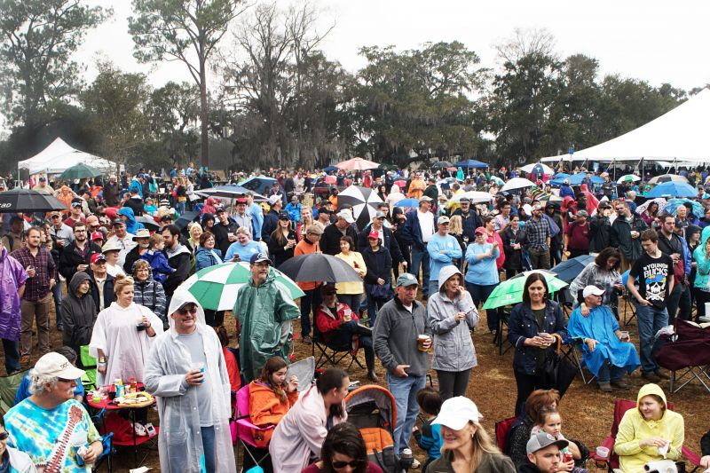Despite rainy weather, the festival drew a huge crowd.