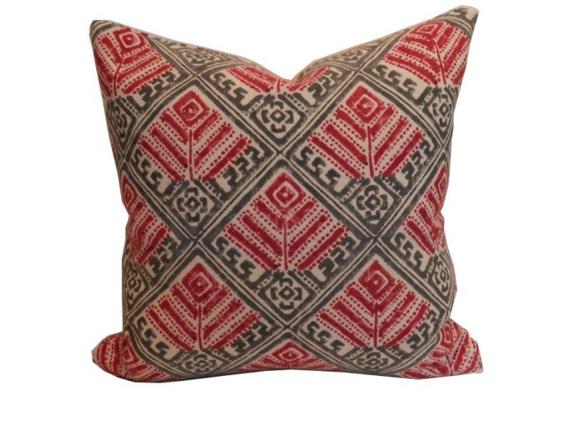 Zafaran Decorative Pillow.001.jpg