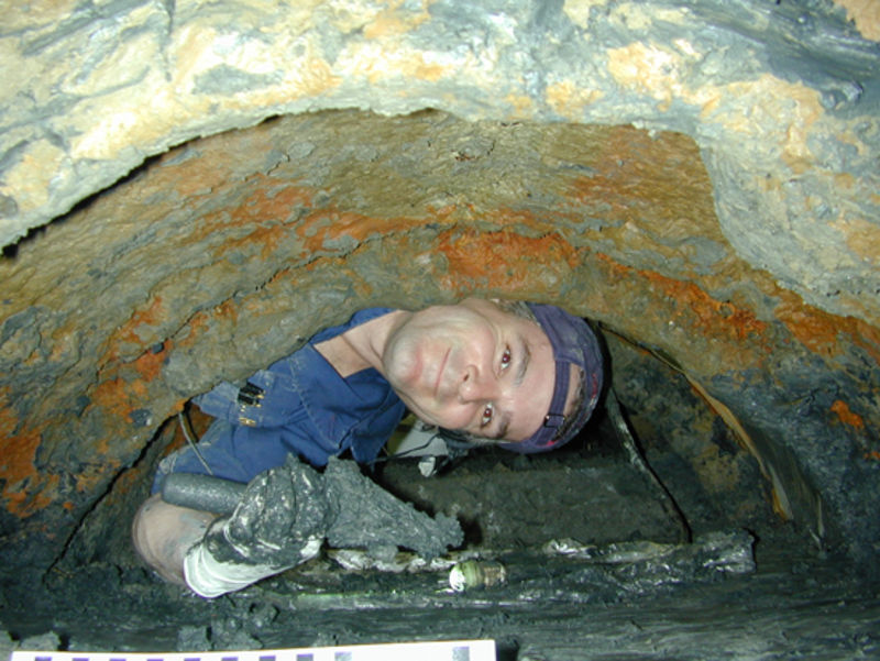 excav012.jpg