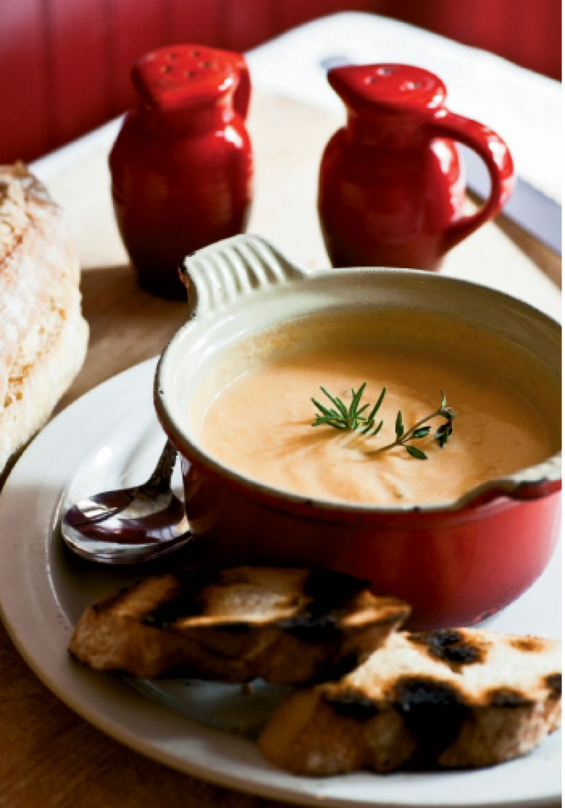 Leeks, carrots, and potatoes are blended with their cooking liquid, retaining their nutrients in the soupe de légumes.