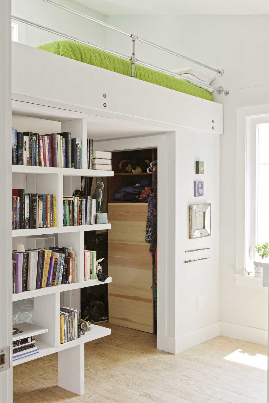 In the girls' bedrooms, bunks are lofted to free up valuable floor space; built-in shelves corral books and knickknacks.