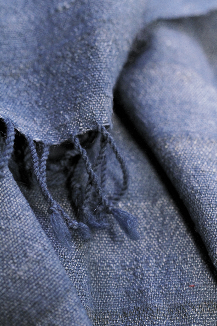 A dyed cotton scarf resembles denim