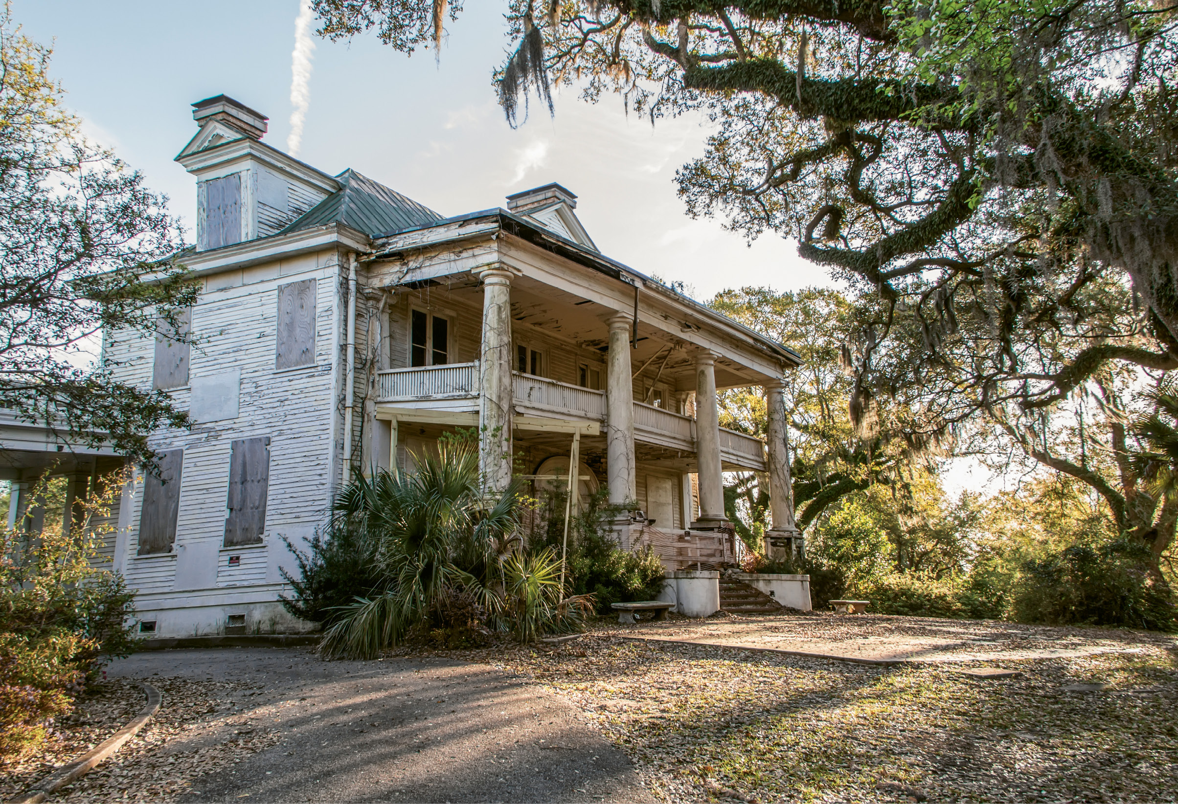 Silent Decay by Brandon Coffey  {Amateur category}  - The circa-1905 Admiral's House on the Old Naval Base in March 2016
