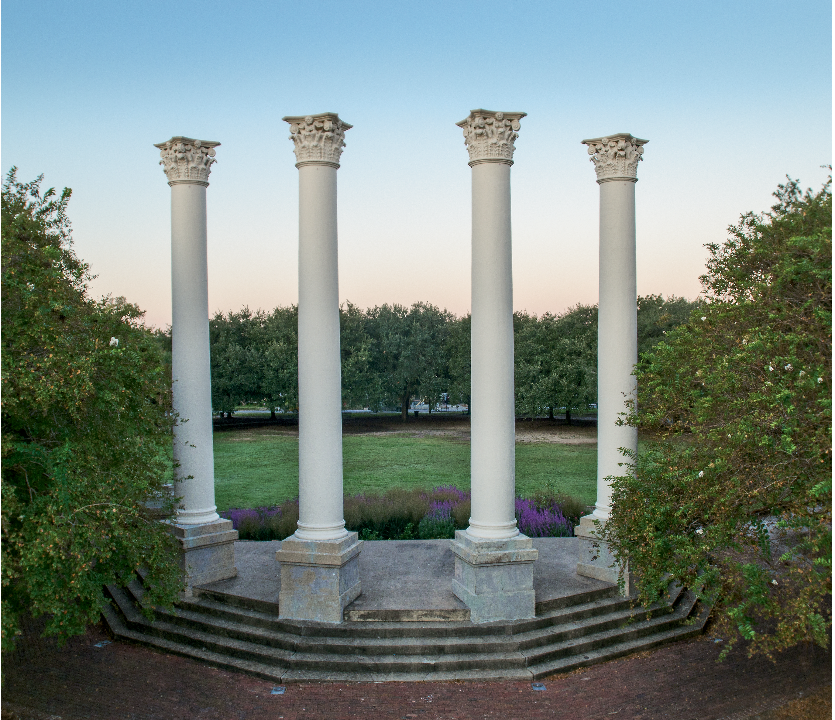 After the museum moved in 1980 to its new facility on Meeting Street, the old building caught fire and burned to the ground, leaving only its majestic Corinthian columns, today standing in Cannon Park.