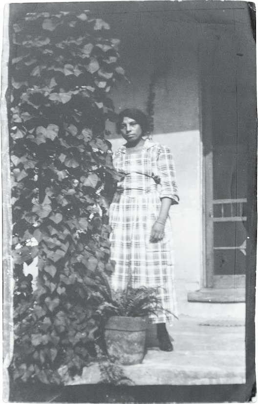 Edmund took this photograph of his stepmother, Eloise Harleston Jenkins, in Charleston in 1924.