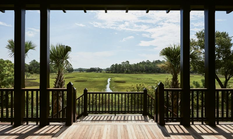 """I understood why the homeowners didn't want any striking colors. It is so peaceful looking out onto the marsh, you don't want anything inside distracting from that serenity.""  —Charlotte Lucas, interior designer"