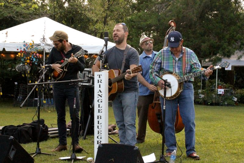 Triangle Bluegrass provided the evening's tunes.