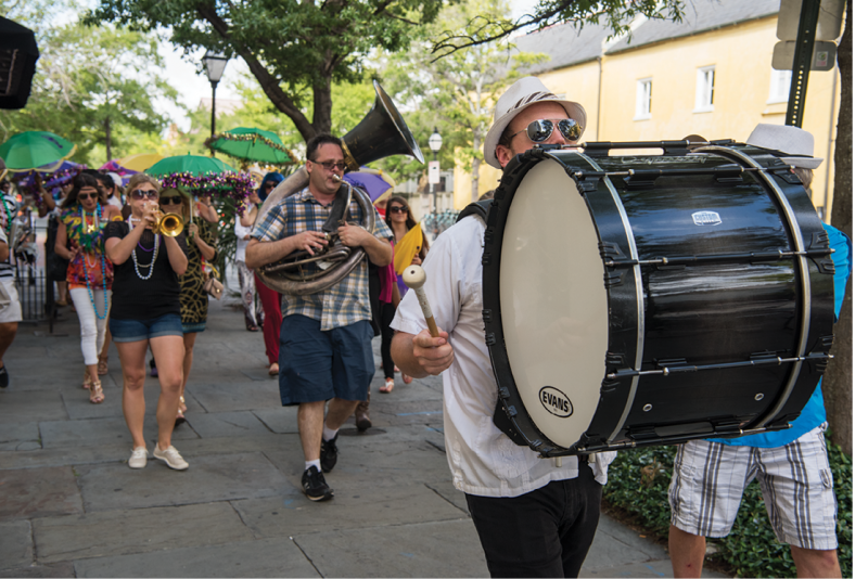 A full jazz band led the procession.