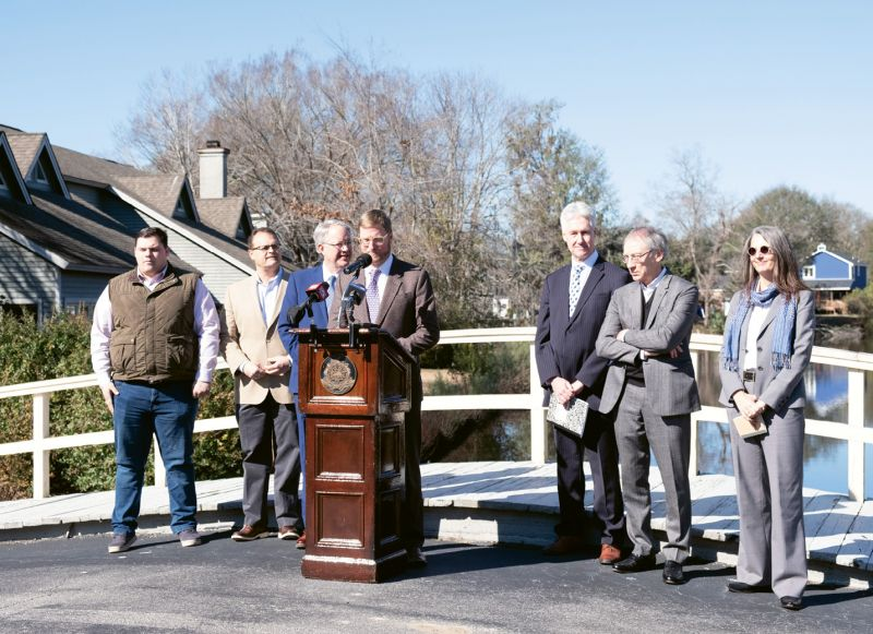In January 2019, a press conference to introduce Dutch Dialogues was held in West Ashley, at an area of repeated flooding in the Church Creek basin. Mayor John Tecklenburg (third from left) asserted his commitment to solving flooding problems. To his left: Winslow Hastie, CEO of Historic Charleston Foundation, as well as Dutch Dialogues consultants Dale Morris, David Waggonner, and Janice Barnes.