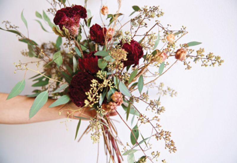 A dried flower bouquet by Flowershop