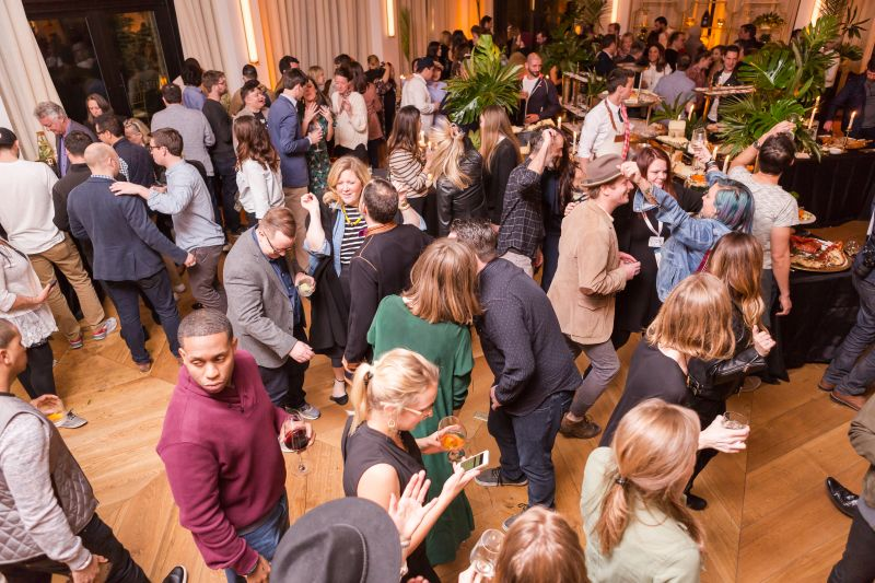 After partaking in the seafood bounty, partygoers took to the dance floor.